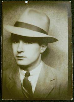 Vintage 1930s 1940s PHOTOBOOTH Photo Snapshot Nice Young Man in Fedora Hat