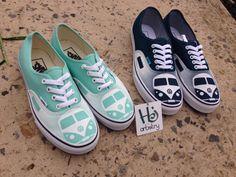 Volkswagen Vans Shoes. Custom Volkswagen Camper Van por HJartistry