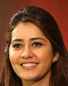 Gorgeous Indian Girl Rashi Khanna Oily Face Closeup Smiling Photos TOLLYWOOD STARS MIRA RAJPUT PHOTO GALLERY  | CDN.DNAINDIA.COM  #EDUCRATSWEB 2020-09-08 cdn.dnaindia.com https://cdn.dnaindia.com/sites/default/files/styles/full/public/2020/09/07/923581-mirarajput-birthday-makeuplook1.jpg