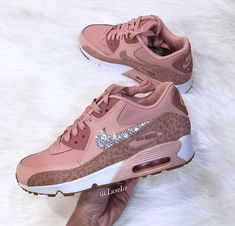 Nike Air Max 90 coral stardust / rust pink / white made with SWAROVSKI® crystals. Wedge Heel Sneakers, Sneaker Heels, Sneakers Nike, White Colour Shoes, Coral Shoes, Fly Shoes, Cute Shoes, Women's Shoes, Baby Boots