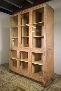 1920's Heals Oak Bookcase Cabinet. - Antiques Atlas