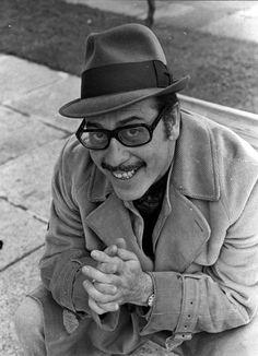 José Luis López Vázquez (Madrid, 11 de marzo de 1922 - Madrid, 2 de noviembre de 2009), actor español.