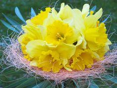 Tutorial on YouTube: Easy to make daffodil bouquet (Nárciszcsokor készítése egyszerűen)