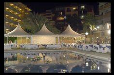 Boda en el jardín con carpa. Eventos, cocktails, lunch, bodas, comuniones Hotel La Barracuda, Torremolinos