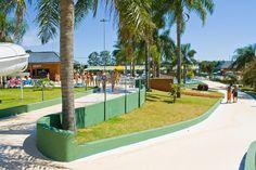 O parque aquático possui uma completa estrutura de turismo e lazer, sendo um dos maiores do país