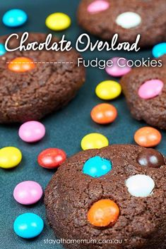 Chocolate Overload Fudge Cookies - the BEST chocolate biscuits you will ever put in your mouth! Fudge Cookies, Yummy Cookies, Sugar Cookies, Anzac Biscuits, Shortbread Biscuits, Kinds Of Cookies, Cut Out Cookies, Chocolate Biscuits, Chocolate Cookies
