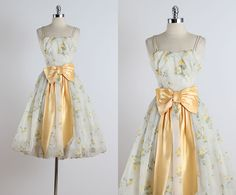 ➳ vintage 1950s dress * cream chiffon with yellow floral print * acetate & tulle lining * balloon skirt * peach bow tie accent * bodice stays