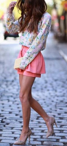 LOVE these shorts, especially with the matching blouse!! Check out Studentrate to get discounts on brands to create a look just like this! Nordstrom, Steve Madden, Lord & Taylor and more!!