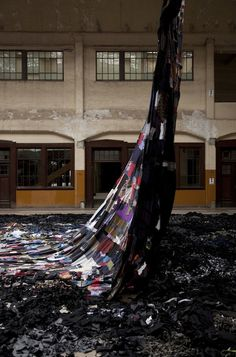 Huge Installation Art Reverses Production And Consumption Process