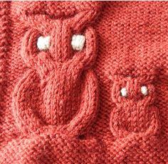 Le but de cet article est de vous permettre de tricoter des hiboux de grande taille. La légende des diagrammes est la suivante : un point endroit sur l'endroit ou un point envers sur l'envers un point envers sur l'endroit ou un point endroit sur l'envers... Owl Hat, Owl Patterns, Couture, Knitted Hats, Knit Crochet, Diy And Crafts, Beanie, Butterfly, Plaid