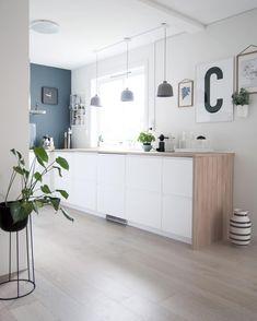 Modern Home Decor Interior Design Ikea Kitchen, Home Decor Kitchen, Kitchen Interior, Home Kitchens, Apartment Interior, Home Living, Kitchen Living, Decor Interior Design, Interior Decorating
