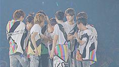 コンサート Hey Say Jump 壁紙, Japanese Men, Kawaii, Sayings, Live, Celebrities, Celebs, Lyrics, Celebrity