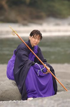 THIS IS NOT MINE! (I still am NOT a Japanese guy... :P) But I do think this is a very good cosplay of Miroku. So I pinned it here to serve as an example when I start working on my own Miroku outfit . :D (Even if I'll never look like a Japanese guy, no matter how hard I try.)