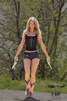 Hot girls in shorts. Hot girls in shorts. Paige Wyatt, Sexy Cowgirl, Hot Girls, Vaquera Sexy, Redneck Girl, Dangerous Woman, Girls Jeans, Country Girls, Country Chic