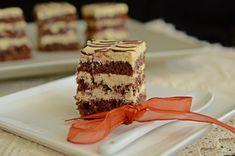 Prajitura cu blat de cacao si crema de mascarpone - Rețete Papa Bun Cake Recipes, Dessert Recipes, Food Cakes, Tiramisu, Caramel, Deserts, Chocolate, Ethnic Recipes, Jasmine