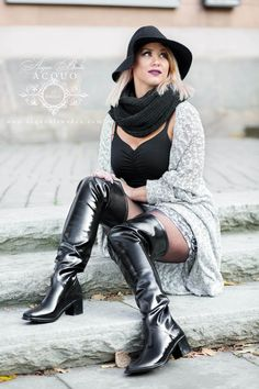 Black High Boots, Long Boots, Thigh High Boots, Over The Knee Boots, 70s Fashion, Fashion Boots, Womens Fashion, Beautiful Outfits, Cute Outfits