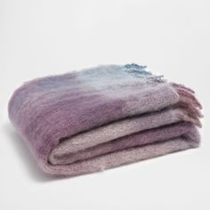 Image 1 of the product FLECKED WOOL FRINGED MOHAIR BLANKET