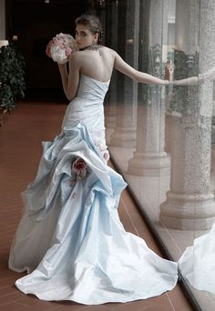 Magical and dreamy couture wedding gowns from the collection of Atelier Aimee. Pretty Wedding Dresses, Gorgeous Wedding Dress, Beautiful Gowns, Beautiful Bride, Bridal Gowns, Wedding Gowns, Bridal Shoes, Wedding Hair, Bridal Beauty