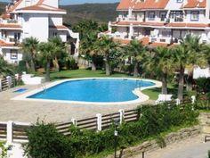 Viviendas unifamiliares de 4 plantas & áticos dúplex con piscina en Mánilva, Málaga. Single family homes of 4 floors & duplex penthouses with pool. Desde/From 99.000 €