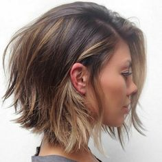 40 Timeless Classic Among Women's Bob hairstyles Short Bob is a classic haircut that every woman should try at least once in a lifetime. The reason - this hairstyle has timeless elegance and w. Womens Bob Hairstyles, Layered Bob Hairstyles, Spring Hairstyles, Classic Hairstyles, Choppy Hairstyles, Woman Hairstyles, Gorgeous Hairstyles, Hairstyles 2016, Popular Hairstyles
