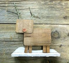 Reclaimed Barn Wood - Wooden Reindeer Christmas Decoration - Cute Country Christmas!
