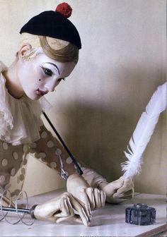 hat, make up and collar inspire. Photo by Tim Walker. Victoria And Albert Museum, Tim Walker Photography, Pierrot Clown, Steampunk Festival, Broken Doll, Send In The Clowns, Portrait, Art Dolls, Photo Art