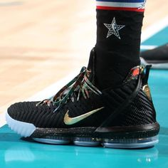 sneakers for cheap 082c3 cb899 LeBron James in Nike LeBron 16 Watch the Throne aka King s Throne. After  last night s