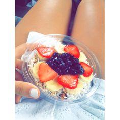 #acai bowl Food Pyramid, Acai Bowl, Healthy Lifestyle, Breakfast, Acai Berry Bowl, Breakfast Cafe, Healthy Living, Ecological Pyramid, Healthy Life