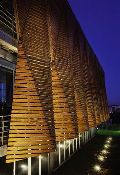 Tago Architects - office facade in Istanbul Architecture Design, Beautiful Architecture, Contemporary Architecture, Chinese Architecture, Architecture Office, Futuristic Architecture, Design Exterior, Facade Design, Facade Lighting