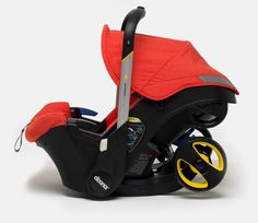 Doona next generation car seat. Baby carrier that transforms into stroller without  having to take the baby out!