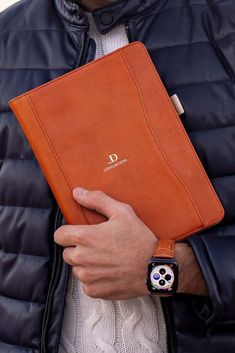 Eye-catching, sleek and stylish, our newest Whiskey Brown Bovine iPad case is perfectly matches our Whiskey Brown leather band for your Apple Watch. Upgrade your Apple tech accessories with us today! Apple Watch Leather, Leather Watch Bands, Apple Watch Accessories, Tech Accessories, Leather Case, Brown Leather, Vintage Groom, Preppy Mens Fashion, Elegant Man