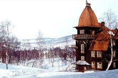 Мурмаши. Здание деревянной гостиницы