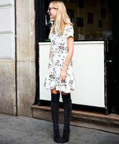 street-style-vestido-estampado-e-bota-otk