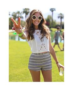 sunflowers, ethnic patterned shorts, hippie hair ties and white delicate lace. ALL MY FAVES