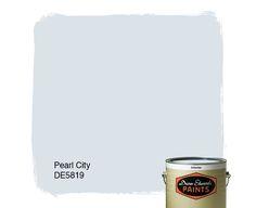 Dunn-Edwards Paints paint color: Pearl City DE5819 | Click for a free color sample