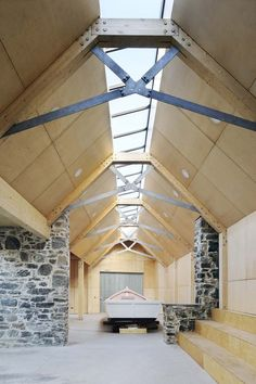 Brown Brown transforms derelict stone buildings into boatbuilding workshop Timber Architecture, Timber Buildings, Architecture Details, Steel Trusses, Roof Trusses, Roof Truss Design, Wood Truss, Timber Structure, Roof Detail
