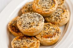 A tasty recipe for classic Aussie meat pies, or party pies, using minced beef which are perfect for serving at parties.