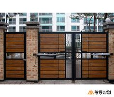 themetal.kr - 대문/현관문/중문 - THE METAL 더메탈 - 금속 제품의 모든 것! Home Gate Design, Grill Gate Design, House Main Gates Design, Fence Gate Design, Steel Gate Design, Iron Gate Design, Door Design, Gate Designs Modern, Modern Fence Design