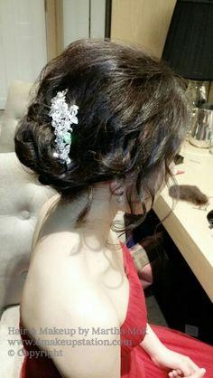 Bridal Makeup & Bridal Hair Styling.Wedding makeup and hair styling by Martha Mok. Www.dmakeupstation.com  #Dmakeupstation #Asianmakeup #softhair #waveyhair #upstyle #koreanhair #koreanmakeup  #marthamok #Asianbride #Weddinghair #WeddingMakeup #bridalhair #bridalmakeup #hairstyling #Asianmakeupartist #natural makeup #Wedding  #Japanesehair #Japanesemakeup
