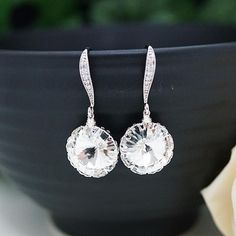 Bridal jewelry for Weddings, Brides, Bridesmaids, FlowerGirls to Everyday Wear Jewelry ranging from Earrings, Necklaces, Bracelets, Rings to Jewelry sets & Hair comb accessories