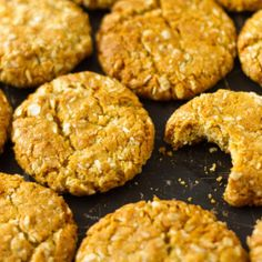 These sugar-free ANZAC biscuits taste exactly the same as the sugar and golden syrup variety but with no fructose, which means you can have more than one. Sugar Free Snacks, Sugar Free Baking, Sugar Free Sweets, Sugar Free Recipes, Almond Recipes, Sweet Recipes, Real Food Recipes, Baking Recipes, Vegan Recipes