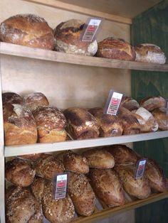 Fresco del día. Pan europeo en tu panadería boutique.