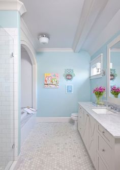Bathroom Decor teenager girl Bathroom Decor spa Bathroom decoration ideas for teen girls Girl Bathroom Decor, Bathroom Closet, Bathroom Kids, Bathroom Layout, Bathroom Colors, Bathroom Interior Design, Small Bathroom, Turquoise Bathroom, Bathroom Drawers