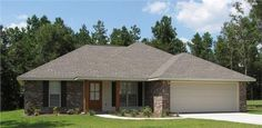 This+stately+Southern+style+home+with+Ranch+influences+(House+Plan+#142-1046)+has+over+1300+s.+ft.+of+living+space.+The+1-story+floor+plan+has+3+bedrooms.