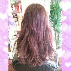 「モテるヘアカラーの定番!ピンクアッシュで女子力アップしよ♡」に含まれるinstagramの画像