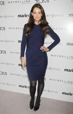 Katie Holmes wearing a CARVEN indigo ruched stretch-wool dress to Marie Claire Magazine's Second Annual Women on Top Awards Navy Dress Outfits, Winter Dress Outfits, Navy Blue Dresses, Dress Black, Black Pantyhose, Black Tights, Nylons, Black Shoes, Katie Holmes