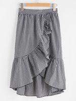 Usé esta falda en tres contextos diferentes de tres maneras distintas y te confieso que después de este post la dejaré descansar por un buen rato.