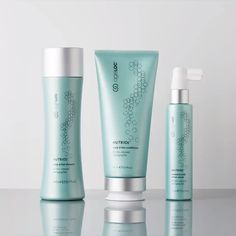 A complete hair rejuvenating system that contains powerful ingredients for a scientifically advanced treatment, that when combined with the ageLOC Galvanic Spa delivers instant benefits for your locks and lasting results down to your roots. Nutriol Shampoo, Nu Skin Ageloc, Greasy Skin, Dry Skin, Galvanic Spa, Cystic Acne Treatment, Hydrate Hair, Hair Scalp, Hair Serum