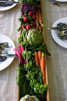 This Mother's Day, consider making an edible centerpiece for mom's table. Then, donate the food to neighbors in need via AmpleHarvest.org/holiday