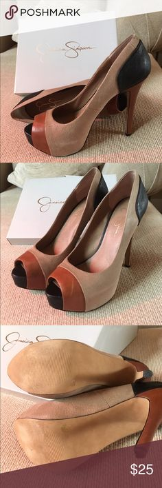 Jessica Simpson Pleasance tan combo heals size 10 In good used condition. Lightly worn Jessica Simpson Shoes Heels
